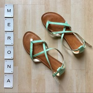 Merona Emily mint & gold strappy sandals size 7.5